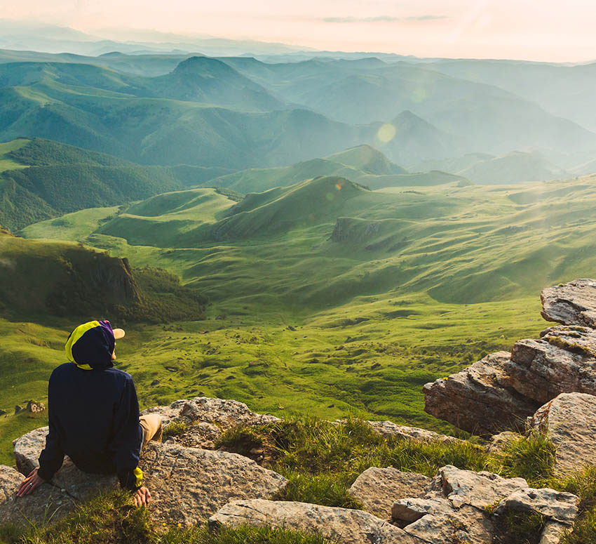 How to Rest In A World That Is Constantly Telling You to Keep Busy